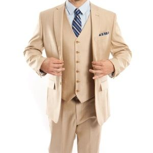 Champagne Color Three Piece Mens Suit 42R and 34